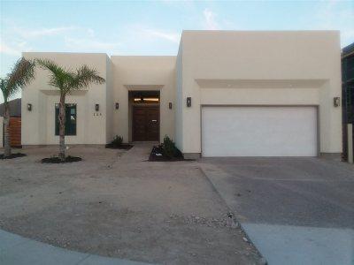 Laredo Single Family Home Active-Exclusive Agency: 138 Cresta Dr.