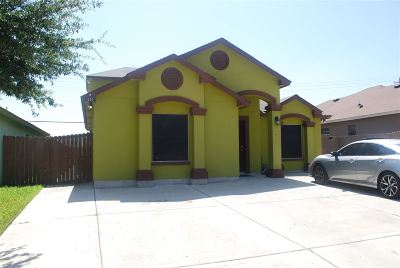 Laredo TX Single Family Home For Sale: $160,000