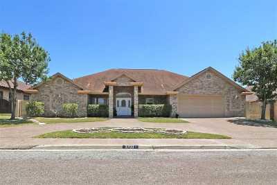 Laredo Single Family Home For Sale: 3703 Josefina Dr