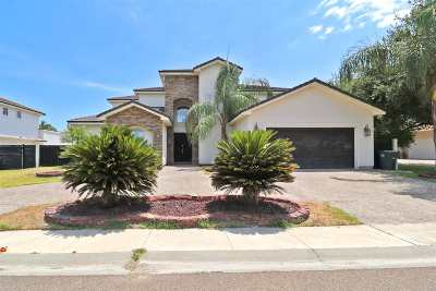 Laredo Single Family Home For Sale: 6620 Grande Bay Dr