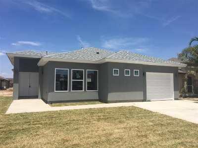 Laredo Single Family Home For Sale: 1510 Doctora Eve Perez Ln