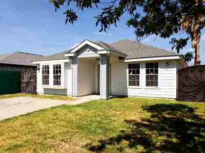 Laredo Single Family Home For Sale: 9617 Bobwhite Ave