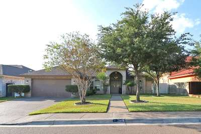 Laredo Single Family Home For Sale: 3816 Winrock Dr