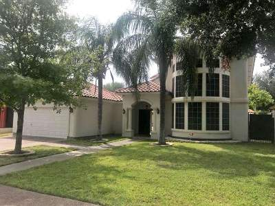 Laredo Single Family Home For Sale: 135 Lake Chapala Rd