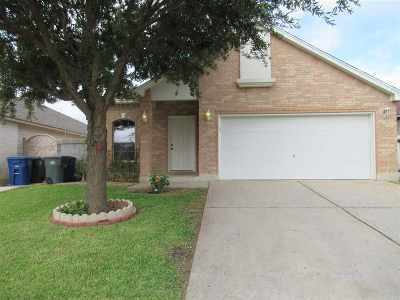 Laredo TX Single Family Home For Sale: $145,500