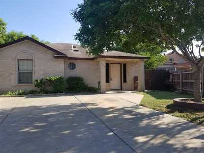 Laredo TX Single Family Home For Sale: $100,000