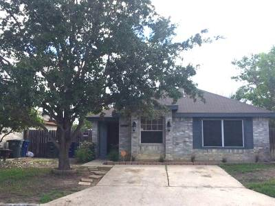 Laredo TX Single Family Home For Sale: $155,000