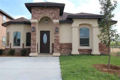 Laredo Single Family Home For Sale: 4019 Katiana Dr.