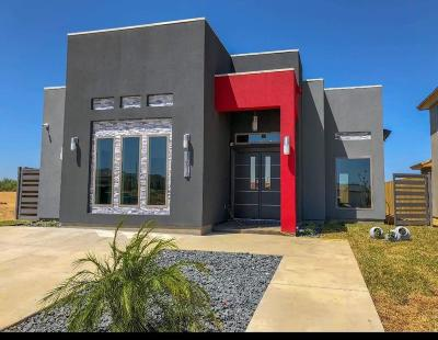 Single Family Home Option-Show: 1612 Isla Mujeres Dr