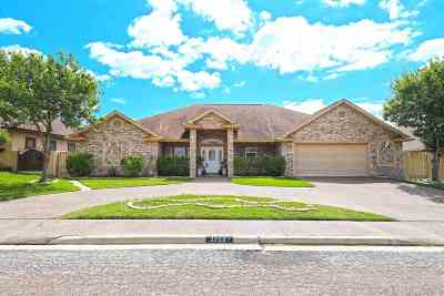 Laredo Single Family Home For Sale: 3703 Josefina Dr
