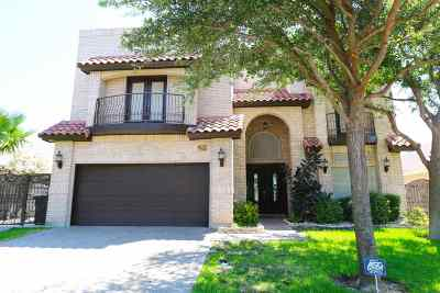 Laredo Single Family Home For Sale: 6609 Grande Bay Dr