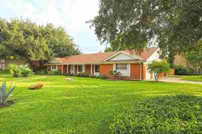 Laredo Single Family Home For Sale: 202 McPherson Dr