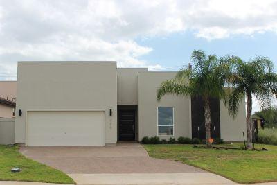 Laredo TX Single Family Home For Sale: $275,000