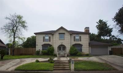 Laredo TX Single Family Home For Sale: $269,900