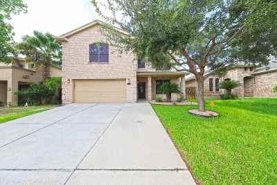 Laredo TX Single Family Home For Sale: $215,000