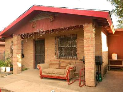 Laredo TX Single Family Home For Sale: $97,300