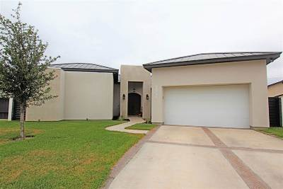 Laredo TX Single Family Home For Sale: $377,900