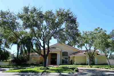 Laredo Single Family Home Option-Show: 1010 Burke Dr