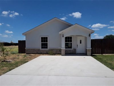 Laredo TX Single Family Home For Sale: $113,900