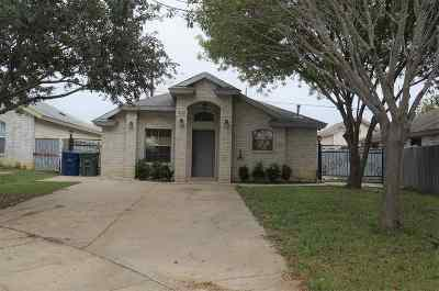 Laredo TX Single Family Home For Sale: $122,000