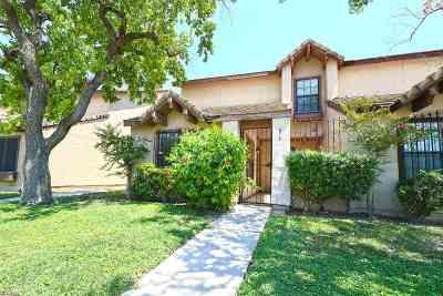 Condo/Townhouse For Sale: 814 E Hillside Rd