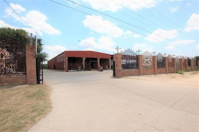 Laredo Commercial/Industrial For Sale: 5101 Saunders St