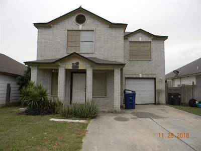 Laredo TX Single Family Home For Sale: $122,645