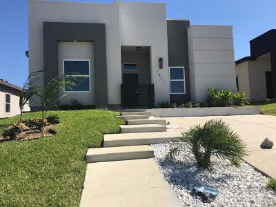Laredo Single Family Home Active-Exclusive Agency: 1611 Cozumel Dr
