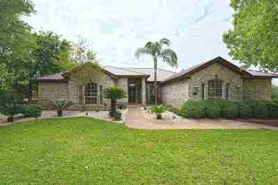 Laredo Single Family Home For Sale: 102 Song Bird Ln