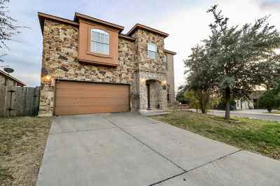 Single Family Home For Sale: 5215 Southlake Dr