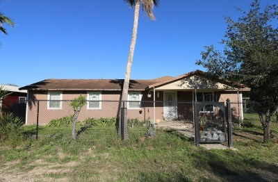 Zapata County Single Family Home For Sale: 1906 Carla St