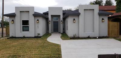 Laredo Single Family Home Option-Show: 145 Pamplona Lp