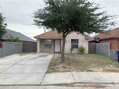 Laredo TX Single Family Home For Sale: $131,900
