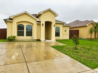 Laredo TX Single Family Home For Sale: $129,900