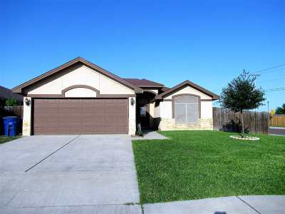 Laredo TX Single Family Home For Sale: $157,500