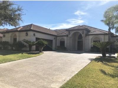 Laredo Single Family Home For Sale: 307 Lake Carnegie Ct.