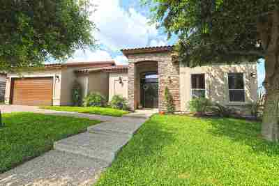 Laredo Single Family Home For Sale: 6630 Grande Bay Dr