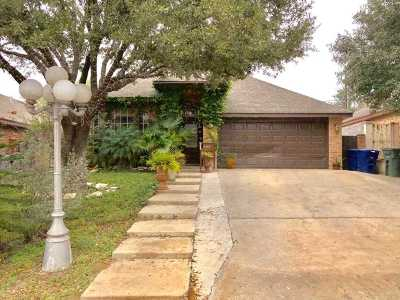 Laredo Single Family Home For Sale: 8907 Cornell Dr
