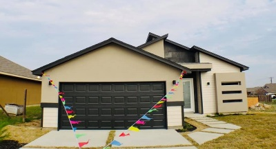 Laredo Single Family Home For Sale: 5711 Saint Sylvia Lp