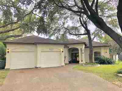 Laredo Single Family Home For Sale: 3005 Woodland Cv