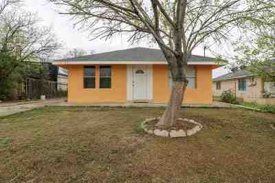 Single Family Home For Sale: 1831 Patricia Ln