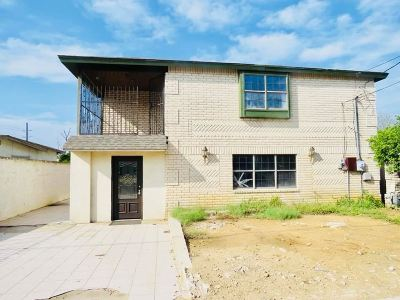 Laredo Single Family Home For Sale: 3006 Springfield Ave