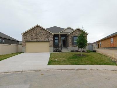 Single Family Home For Sale: 134 Cresta Dr.