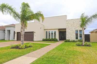 Laredo Single Family Home For Sale: 7408 Thomas Harris Dr