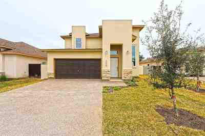 Single Family Home Active-Exclusive Agency: 209 John Irving Dr.