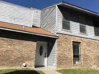 Condo/Townhouse For Sale: 201 Del Mar Blvd #106
