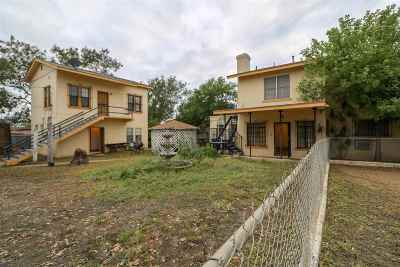 Single Family Home For Sale: 220 Mendiola Ave