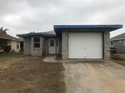 Single Family Home For Sale: 312 Leon Cts