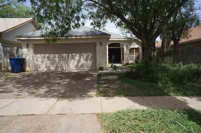 Laredo Single Family Home For Sale: 8712 Puerto Isabel