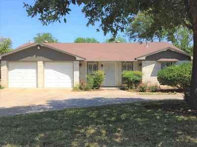 Laredo Single Family Home For Sale: 110 E Del Mar Blvd